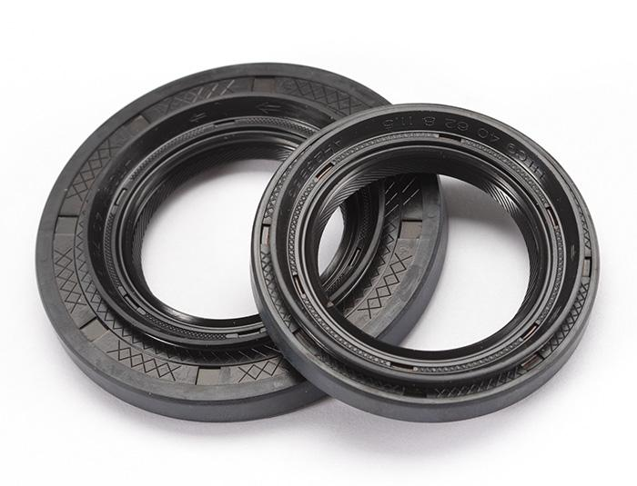 Uprated Driveshaft Oil Seals (PG1 Rover Gearbox)